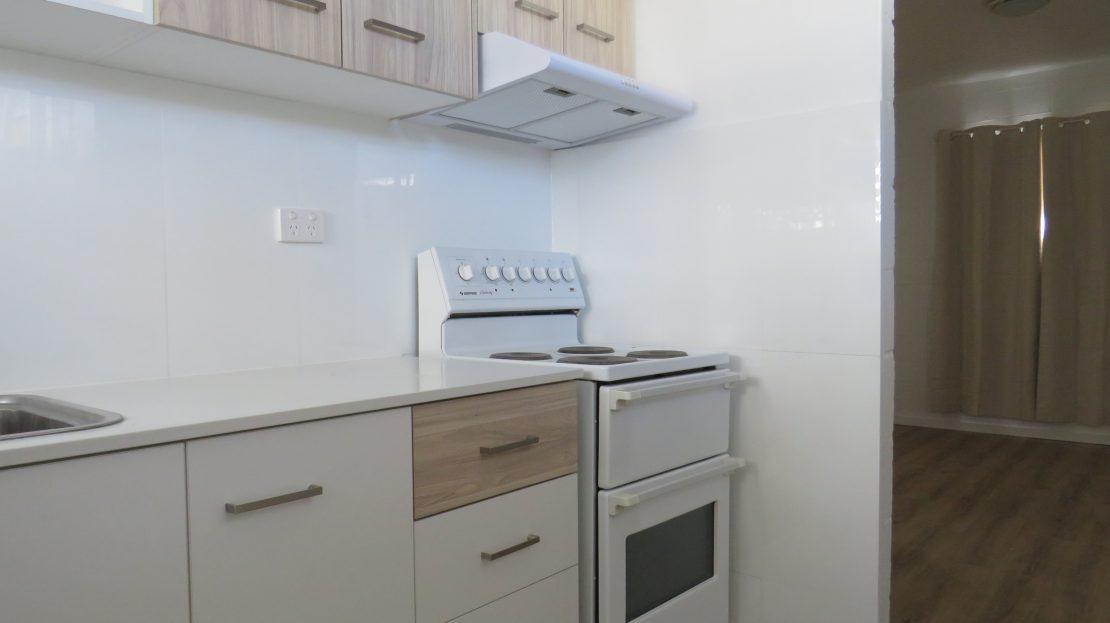 U2 Kitchen_1