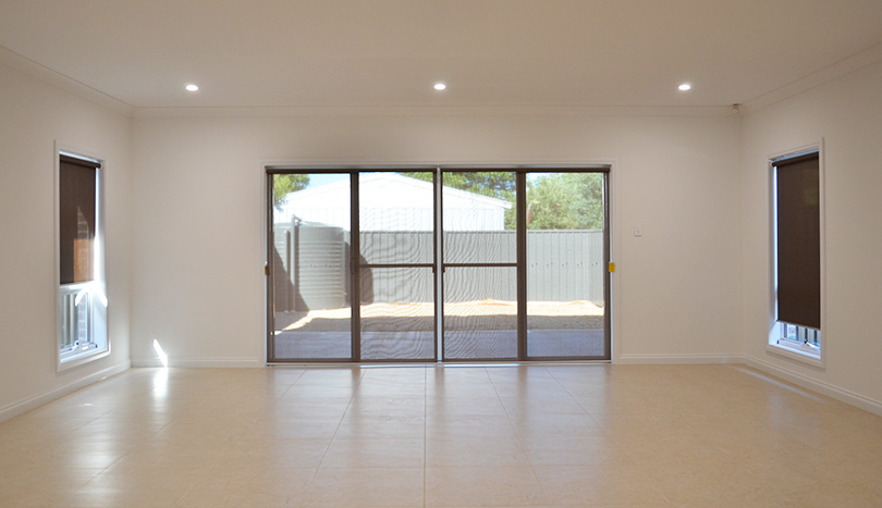 3 Bedroom House For Rent Klemzig | Lounge